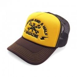 CAP 13-1 / 2 TRUCKER BROWN / GOLD