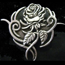 pin-tribal-rose